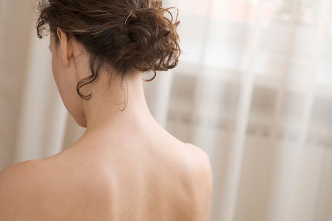back of lady's shoulders
